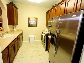 Fully stocked kitchen, stainless steel