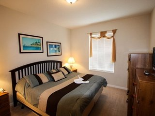 Contact Free Check In, Relax on your Private Balcony, Minutes to I Drive, Screen