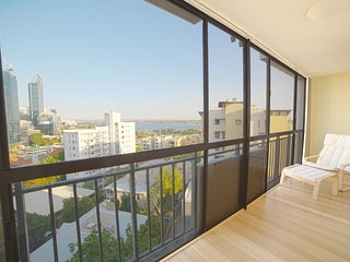 2 Bedroom Apartment with Incredible Views, Perth