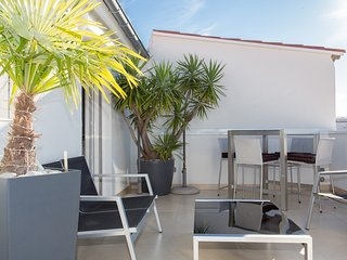 Roof top 1 bedroom with terrace 218, Cannes