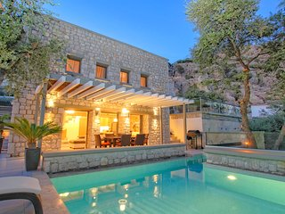 Exclusive 2 bedroom villa privee , private pool