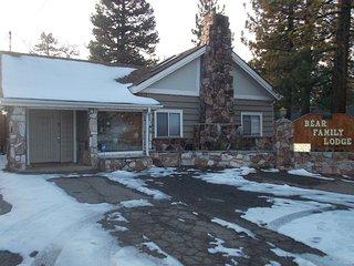 097 Bear Family Lodge, Big Bear Region