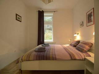 Britanac, spacious app in a quiet area near the tram line and Zagreb city center, Zagabria