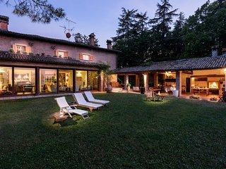Amazing Villa Monte Quercione Zola Predosa