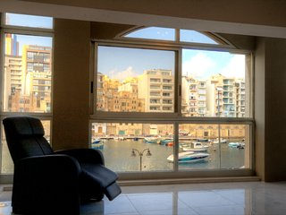 Spinola Bay View, Saint Julians