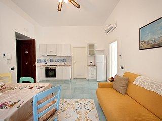 Vietri sul Mare Villa Sleeps 3 with Air Con and WiFi - 5310349