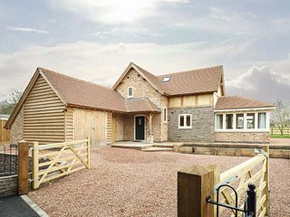 ROSE COTTAGE, detached, original features, woodburning stove in Winforton, ref 9