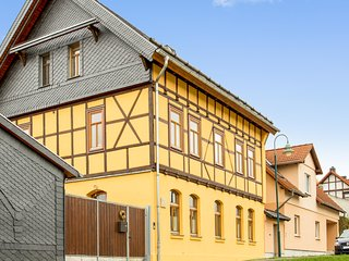 Two-bedroom apartment in a traditional family home with a perfect location in Erfurt, Germany