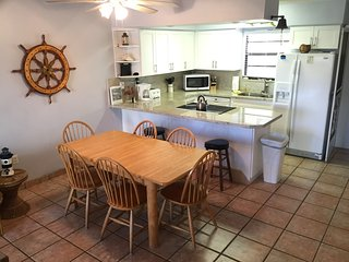 Licensed 2 Bed Key Largo Villa - Oceanfront Beach Resort - Fast & Secure WiFi!