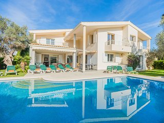 Villa with private pool walking distance to the beach (Moncho)