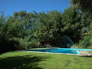 Casa rural autentica situada  dentro del parque regional de la sierra de Gredos