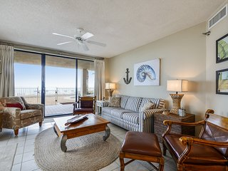 Windward Pointe 101- GROUND FLOOR CONDO! Gulf Front! Sleeps 8