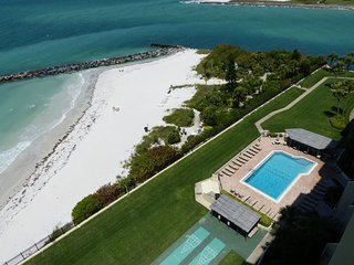 Envoy Point #806 | Beachfront condo with incredible views!, Saint Pete Beach