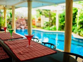 Large luxury 4 bedroom pool villa