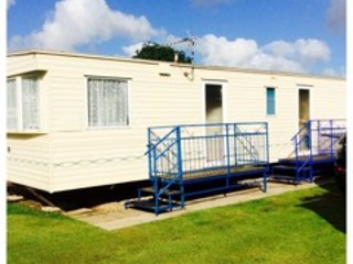 **Great Value, Spacious, Dog Friendly & close to Beach**