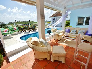 4 Bedroom Seaview Long Beach: Seafront Luxury Villa - Barbados