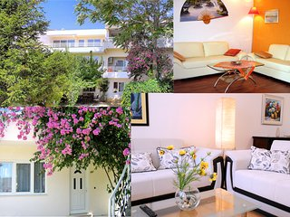 Dijana Apartments -Split- Red Springtime Suite