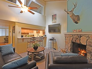 Charming Three-Story Townhome in Dollar Hill, Tahoe City