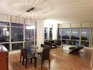 Exquisite Three Bedroom Toronto Suite Balcony