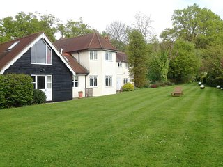 Lovely house in the countryside near to St Albans, villages & London!