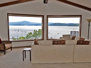 Cougar Bay Beach House, Coeur d'Alene