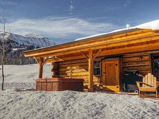 Cowboy Heaven Cabins   9 Rustic Ridge ~ RA130117, Big Sky