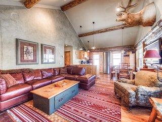 Cowboy Heaven Cabins | 9 Rustic Ridge