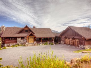 Four Bear Lodge, Big Sky