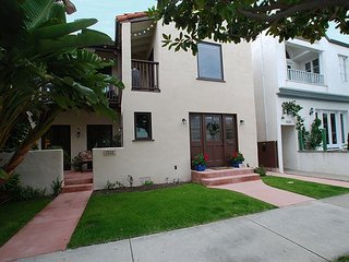 Quiet, Private Spanish Style-Walk To Balboa Pier, Beach, & Fun Zone! (68405), Newport Beach