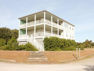 Sundance on Fripp Island ~ RA130359