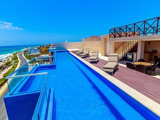 Wonderful Oceanfront Condo Isla Mujeres Rooftop pool breathtaking views
