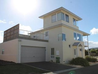 3 Salmon Row, Smiths Beach