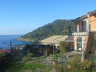 fornello 70 sleeps 4, Bonassola
