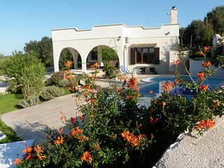 OSTUNI, PUGLIA ITALIAN LUXURY VILLA WITH POOL