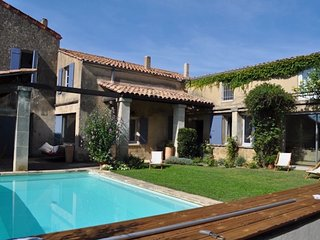Village House with Pool near Lourmarin in the Luberon