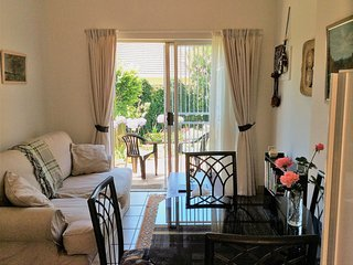 Peaceful Garden Cottage - Self-catering holiday accommodation in Pretoria