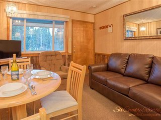 Park Meadows Lodge 6C  by Ski Country Resorts