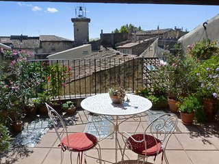 Beautifully-restored house from the XIV-XVI century in Pélisanne, heart of Provence – near Aix-en-Provence, Pelissanne