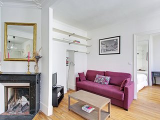 Charming 1 bedroom Latin quarter area P0564