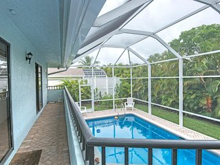 Beautifully Remodeled 3 Bed 3 Bath Pool Home, Wlk To Beach, Close To Everything, Marco Island