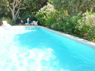 Beautiful villa near La Croix-Valmer with a separate cottage and swimming pool - 2km from the beach!