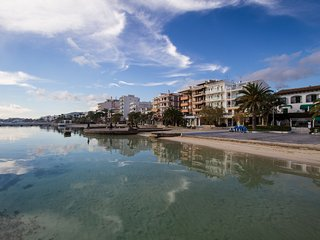 Lucas Apt.-- Cozy apt. in Port Pollensa, just 20mts from the beach!