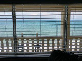 2 Bedroom Oceanfront Condo w/ direct ocean views