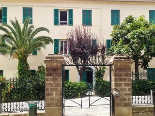Tranquil village apartment in Venaco, Upper Corsica - sleeps 4