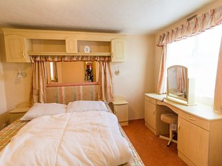 Lees Holiday Park 13005 - Dog friendly, homely and spacious, close to the beach, Hunstanton
