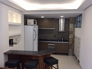 Apto Familiar Charmoso e Confortavel - 01 Quarto - 04 Pes- Central - Prox ao Mar