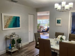 3BR Modern Coastal Getaway- 1 mile from the Beach! Large Family Home