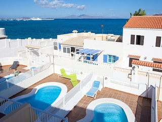 Villa Sunrise Sea View - Private Pool Wifi TV Sat, Corralejo