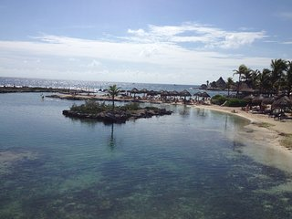 Room a few steps from the sea., Puerto Aventuras