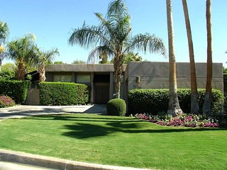 El Paseo, South Palm Desert Custom Home
